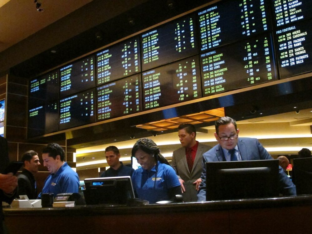 Illinois Passes Sports Betting Bill At Last Second