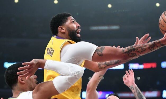 Milwaukee Bucks at Los Angeles Lakers Betting Preview